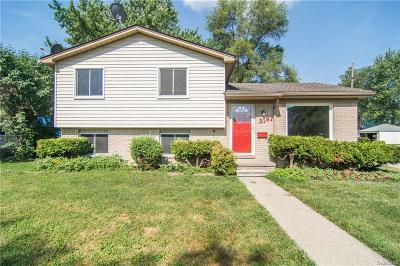 Berkley Single Family Home For Sale: 3187 Cummings Avenue