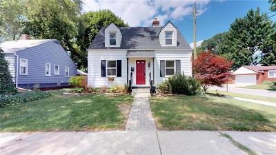 Ferndale Single Family Home For Sale: 275 E Hazelhurst Street