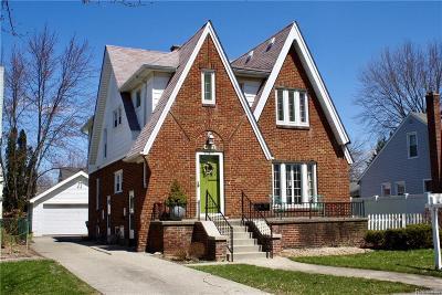 Berkley Single Family Home For Sale: 1722 Harvard Road