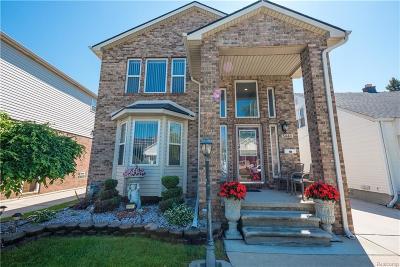 Dearborn MI Single Family Home For Sale: $299,000