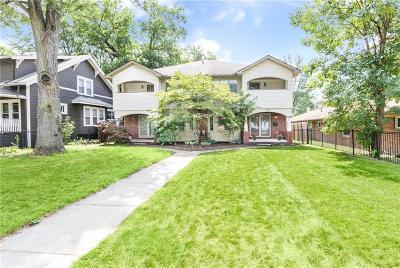 Royal Oak Condo/Townhouse For Sale: 802 E Lincoln Avenue