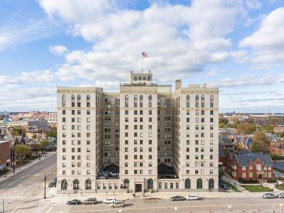 Detroit Condo/Townhouse For Sale: 15 E Kirby #811 Street #811