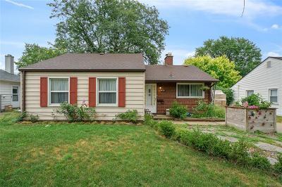 Royal Oak Single Family Home For Sale: 4706 Olivia Avenue