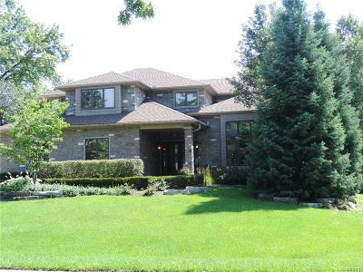 Farmington, Farmington Hills Single Family Home For Sale: 23914 Whittaker Drive