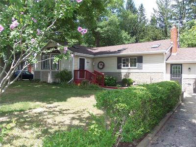 Holly Single Family Home For Sale: 3513 Grange Hall Road