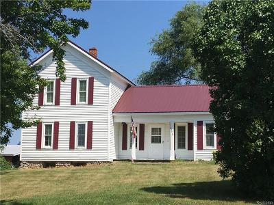 Oakland County Single Family Home For Sale: 1370 Demode Road