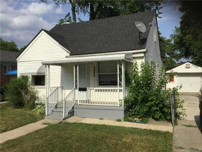 Dearborn Heights Single Family Home For Sale: 4995 Jackson Street