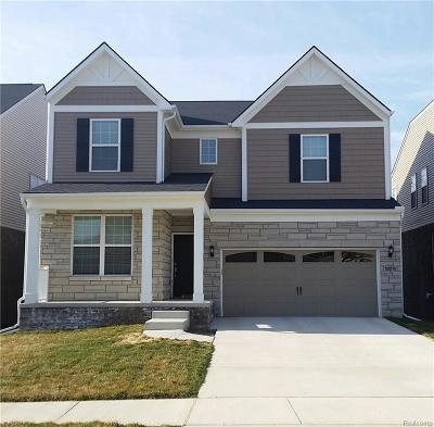 Canton, Canton Twp Single Family Home For Sale: 49525 Shoreline Drive