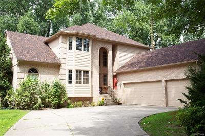 Commerce Twp Single Family Home For Sale: 2721 Duffers Lane