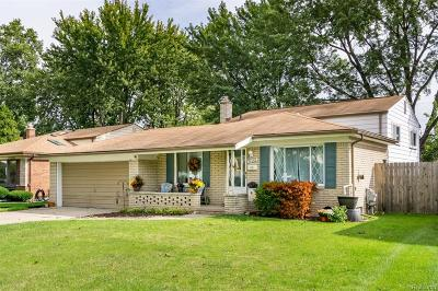 Shelby Twp, Utica, Sterling Heights Single Family Home For Sale: 34066 Chatsworth Drive
