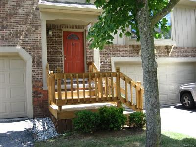 West Bloomfield Twp Condo/Townhouse For Sale: 4206 Breckenridge Drive #82