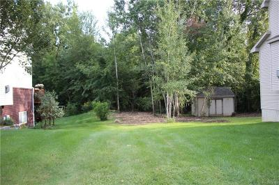 Waterford Twp Residential Lots & Land For Sale: West Pointe Drive