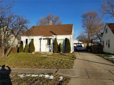 Dearborn Heights Single Family Home For Sale: 24362 Powers Avenue