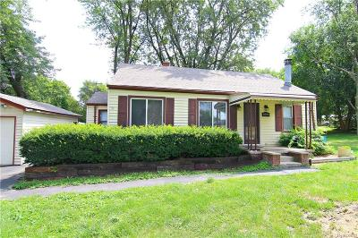 Bloomfield Twp Single Family Home For Sale: 1890 Ward Road