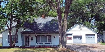 Warren, Eastpointe, Roseville, St Clair Shores, Clinton Township, Harrison Twp Single Family Home For Sale: 7501 Anna Avenue