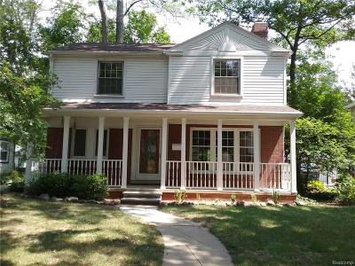 Berkley Single Family Home For Sale: 3878 Cumberland Road N