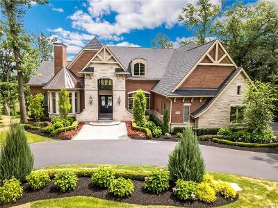 Bloomfield Twp Single Family Home For Sale: 1898 Heron Ridge Drive