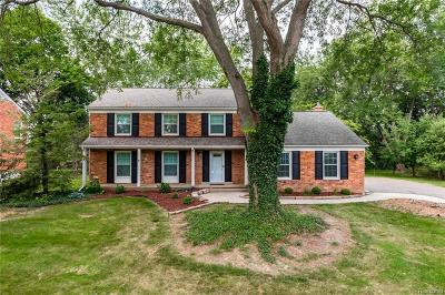 West Bloomfield Twp Single Family Home For Sale: 5578 Shaun Road