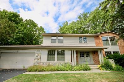 West Bloomfield Single Family Home For Sale: 4812 S Valleyview Road