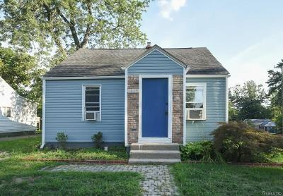 Waterford Twp Single Family Home For Sale: 1079 Lakeview Street