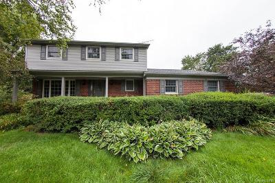 Shelby Twp Single Family Home For Sale: 5962 Cotswold Court