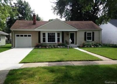 Ferndale,  Royal Oak, Berkley Single Family Home For Sale: 4315 Samoset Road