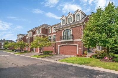 West Bloomfield Twp Condo/Townhouse For Sale: 4410 Gateway Circle