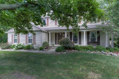West Bloomfield Twp Single Family Home For Sale: 6522 Windmill Lane