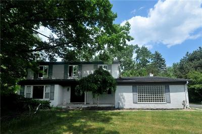 West Bloomfield Twp Single Family Home For Sale: 4223 Fieldbrook Road