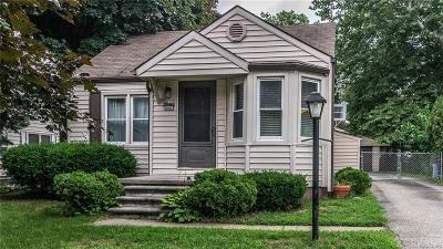 Livonia Single Family Home For Sale: 18540 Irving Street