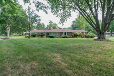 Farmington Single Family Home For Sale: 28229 Bayberry Road