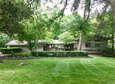 Bloomfield Hills Single Family Home For Sale: 1790 Hammond Court