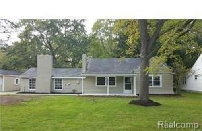 Livonia, Farmington, Farmington Hills, Northville Twp, Novi Single Family Home For Sale: 15875 Deering Street