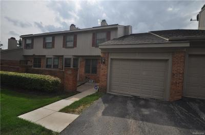 West Bloomfield, West Bloomfield Twp Condo/Townhouse For Sale: 7360 Meadowridge Drive #3