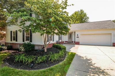 Northville Twp Single Family Home For Sale: 43085 Whisper Court