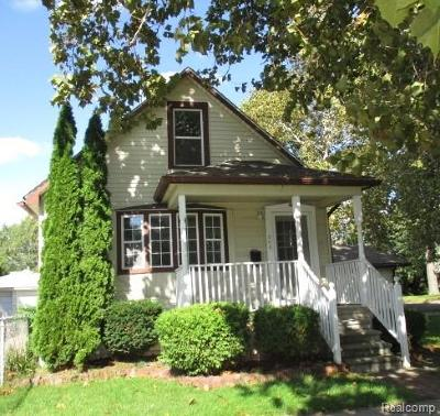 Wyandotte Single Family Home For Sale: 506 Superior Boulevard
