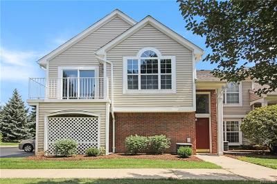 Sterling Heights Condo/Townhouse For Sale: 44815 Marigold