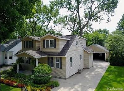 Berkley Single Family Home For Sale: 1691 Catalpa