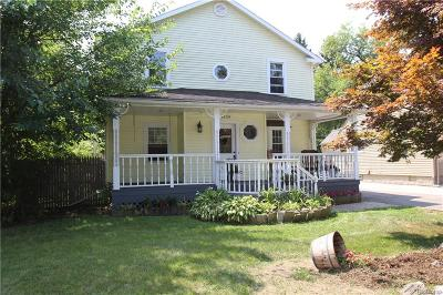 Waterford Twp Single Family Home For Sale: 4539 Thirza Court