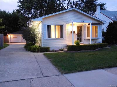 Ferndale, Royal Oak, Berkley, Clawson, Pleasant Ridge, Huntington Woods Single Family Home For Sale: 1528 Eaton Road