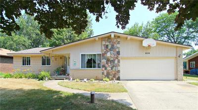 Single Family Home For Sale: 6539 Ellinwood Drive