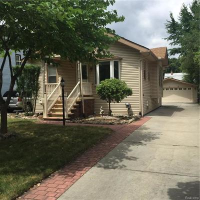Royal Oak Single Family Home For Sale: 208 Euclid Avenue