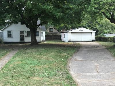 Warren Single Family Home For Sale: 7256 Prospect Avenue