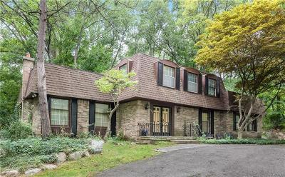 Bloomfield Twp Single Family Home For Sale: 7280 Wing Lake Road