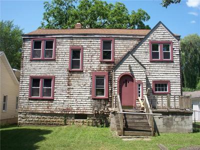 Grosse Ile, Gross Ile, Grosse Ile Twp Single Family Home For Sale: 25486 3rd Street