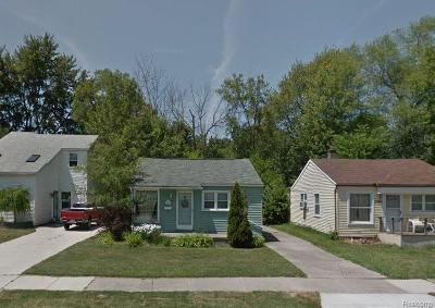 Madison Heights MI Single Family Home For Sale: $95,000