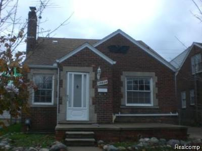 Macomb County Single Family Home For Sale: 15624 Stricker Avenue