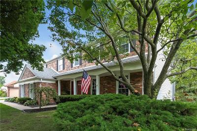 Farmington Hills Single Family Home For Sale: 27466 Bridle Hills Court