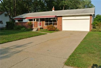 Oakland County, Macomb County Single Family Home For Sale: 23286 Lawson Avenue