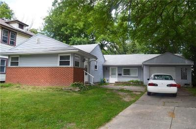 Hazel Park Single Family Home For Sale: 46 West Bernhard
